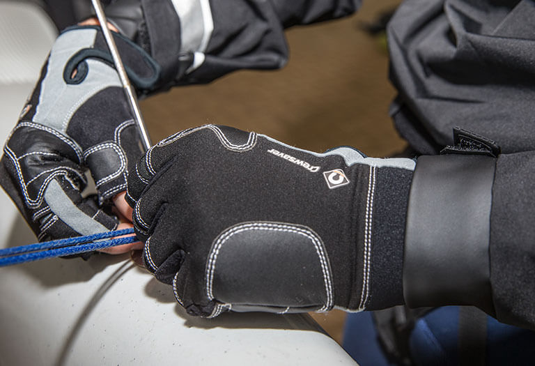 At least <span>20%</span> off Gloves