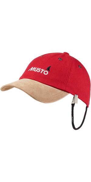2019 Musto Evo Original Crew Cap in True Red AE0191