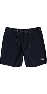 2020 Quiksilver Mens Highline Piped 18